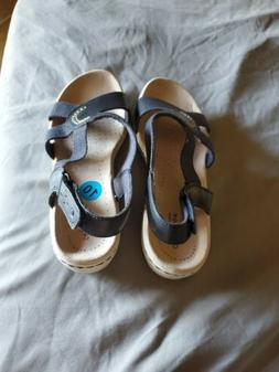 Clarks Collection Backstrap Sandals Leisa Joy Navy - NEW 10W