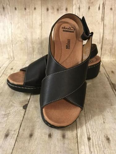 Clarks Women's size 7.5 Soft Cushion Ankle Strap Wedge