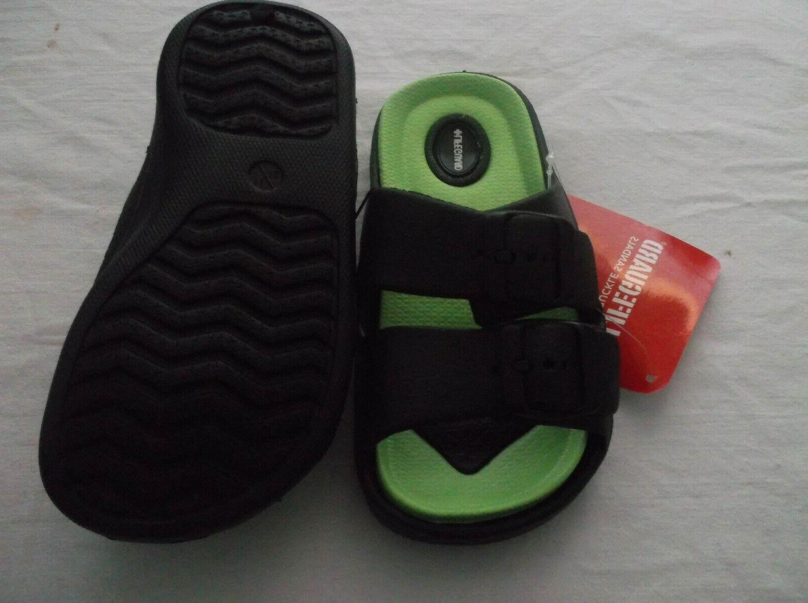 NWT SANDALS GREEN