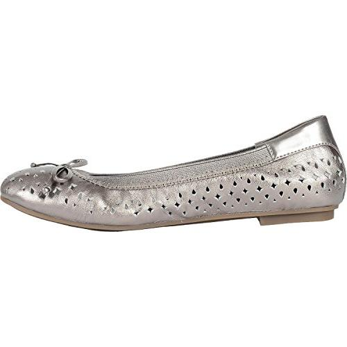 perforated ballet flat
