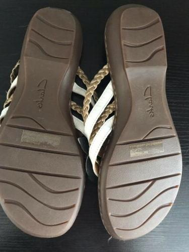 Women's Clarks Gold Leather Flops