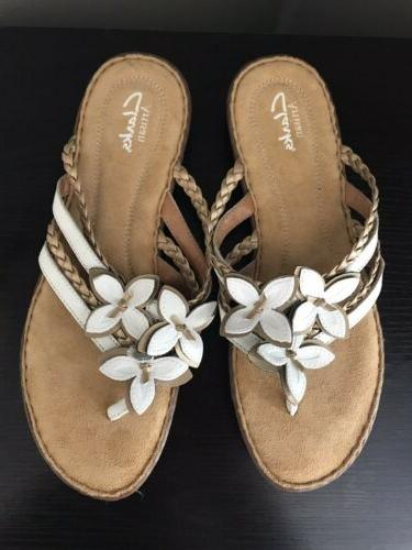 Women's White Gold Leather Flops