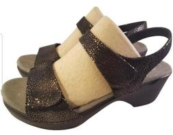 NEW DANSKO WOMAN SANDALS TEXTURED LEATHER BLACK AND BROWN SI