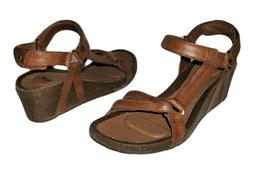 NEW TEVA YSIDRO UNIVERSAL WEDGE SANDAL BROWN LEATHER SANDALS