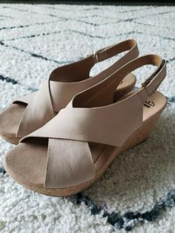 NWOB Clarks Collection Soft Cushion Taupe Cork Wedge Sandals