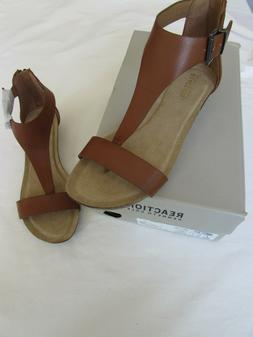 "Kenneth Cole Reaction Women's ""Great Gal"" Toffee T-Strap Wed"