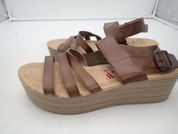 Blowfish Women's Platform wedge sandals Brown size 10 M